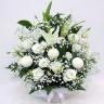 白ユリとピンポン菊のお供えアレンジメント