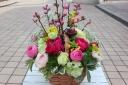 桃と菜の花とラナンキュラス