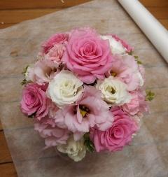 pale pink arrange