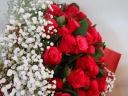 【かすみ草いっぱいバラのブーケ】