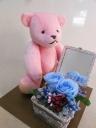 【プリザのバラとピンクくまさんのぬいぐるみ】