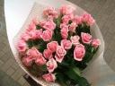 ピンクのバラの花束(30本)