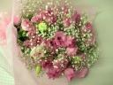 トルコキキョウとかすみ草の花束