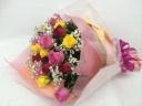 ミックスカラーの薔薇の花束