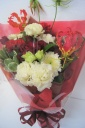 赤と白 紅白カラーの花束