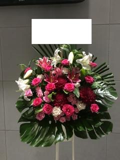 1077 濃いピンク・白ユリ スタンド花