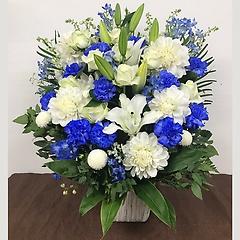 白と青のアレンジメント(LL)FR2626
