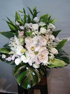 御供用 白ベース洋花アレンジメント