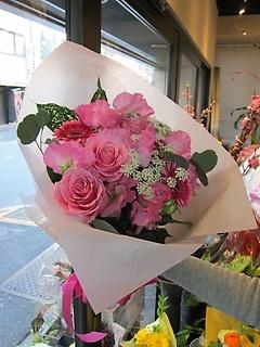 爽やかで可愛いバラとガーベラのピンクのブーケ!!