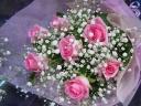 ピンクバラとカスミソウの花束