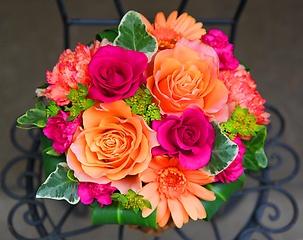 やっぱり薔薇!【Le Rose(レ ローゼ)M ビビッド】