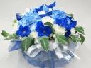 青と白のお供え花アレンジメント