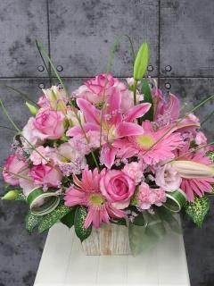 ピンクアレンジメントFR2435