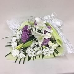 【供花】ユリとカーネーションの花束WPP(H60)