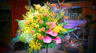 御祝いスタンド花 イエローオリエンタル