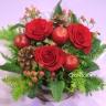 バラと季節の実物アレンジ/A109