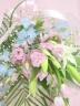 ピンクと水色のお供え花束