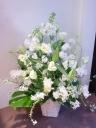 お花屋さんにおまかせのお供え 「ボリューム」