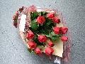 当店おすすめ赤バラ花束
