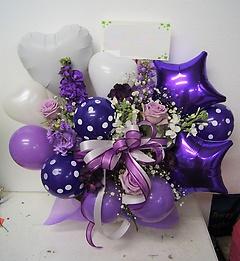 紫のドットバルーンがかわいい ファンタジー ♪
