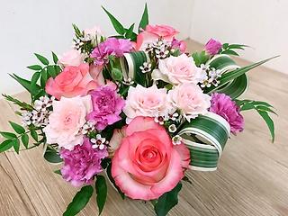 大人気!ピンクのバラのアレンジメント