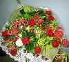 豪華な赤い花束