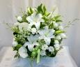 上品な供花:白い洋花(0008)