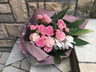 1048 ピンクバラ・SPバラ 花束