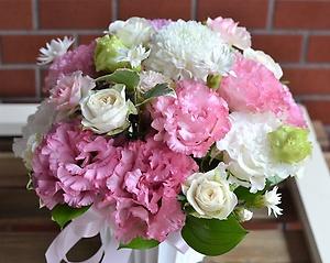 記念日ピンクで大喜び・・アレンジメント