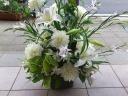 洋花でお作りいたします お悔やみの花