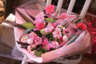 ボリュームたっぷり♪ロングタイプの花束