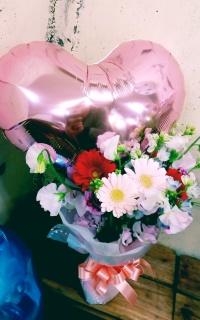 バルーン付き花束 ピンク系