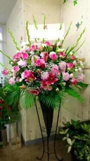 ピンク系スタンド花①