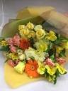 季節のお花の黄色・オレンジ系 花束