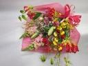 グロリオサリリーの華やか花束