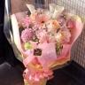 ピンクの可愛い花束