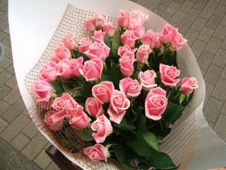 ピンクバラの花束(30本)