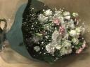 トルコキキョウとスプレーカーネーションの御供え花束