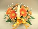 オレンジのガーベラのウッドバスケットアレンジ