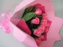 12本のピンクの薔薇のロングブーケ