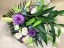 カサブランカと白と紫系のトルコキキョウの御供花束