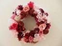ピンクのバラのリース