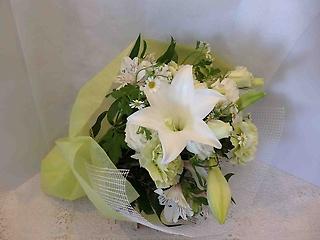 Heavenly White?白のお供え花束?