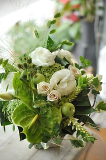 white&green arrangement⑥