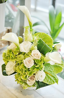 white&green arrangement⑦