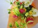 少し豪華な花束♪