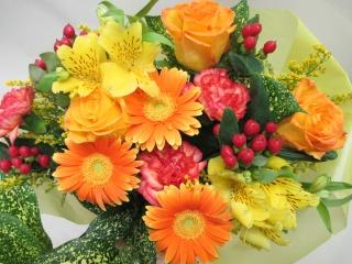 ☆オレンジ系の花束