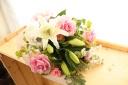 ユリの優しい花束