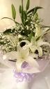 お供え*白ユリとかすみ草の花束
