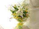 ロングステム花束 爽やかなwhite&yellow